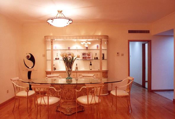 榉木   线条收口,   4 胡桃木窗套 套 1/380--320 使用材料为木工板