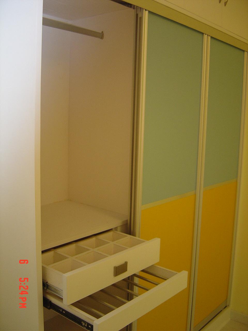 衣柜内部结构
