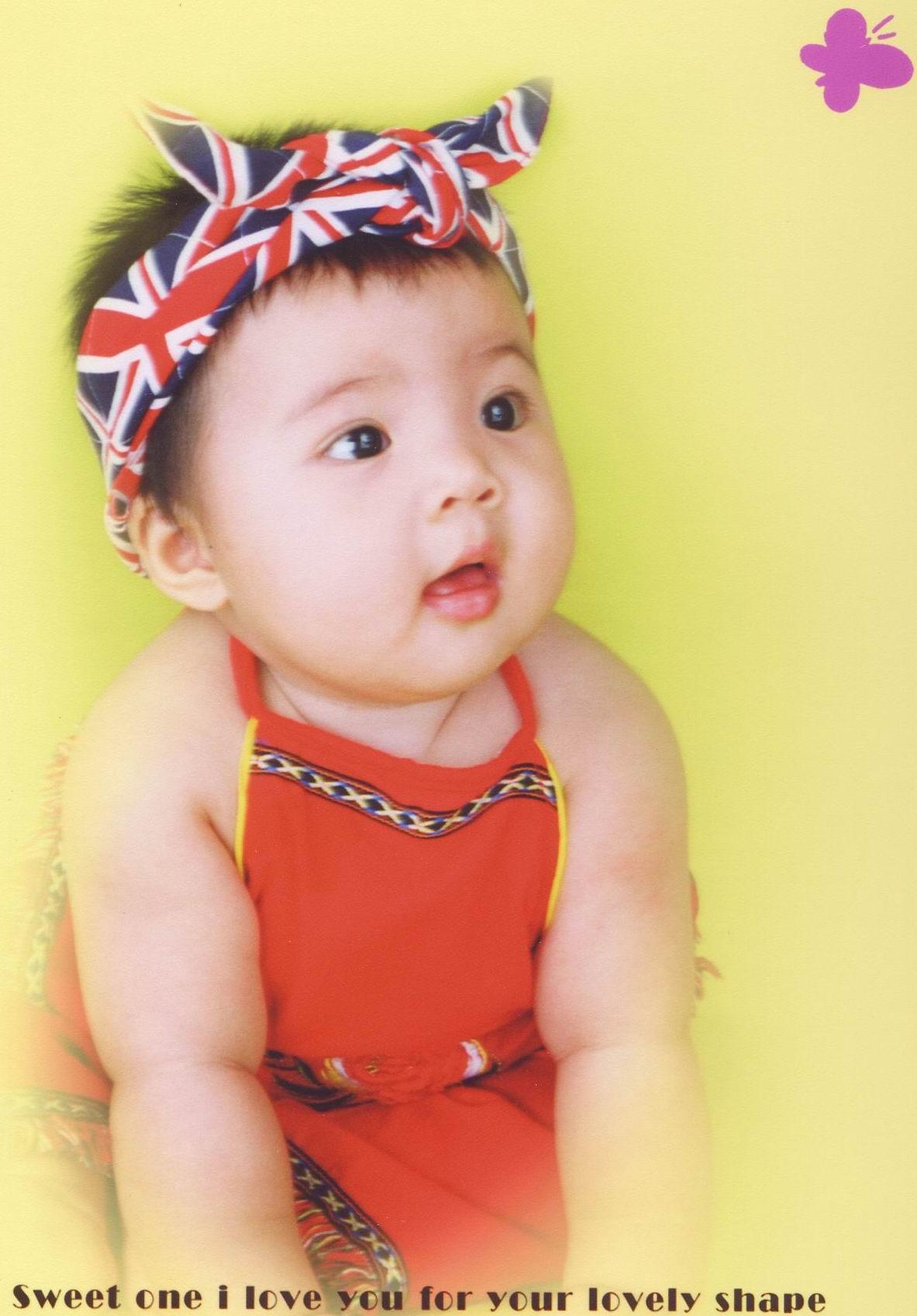 大眼睛宝宝艺术照图片大全