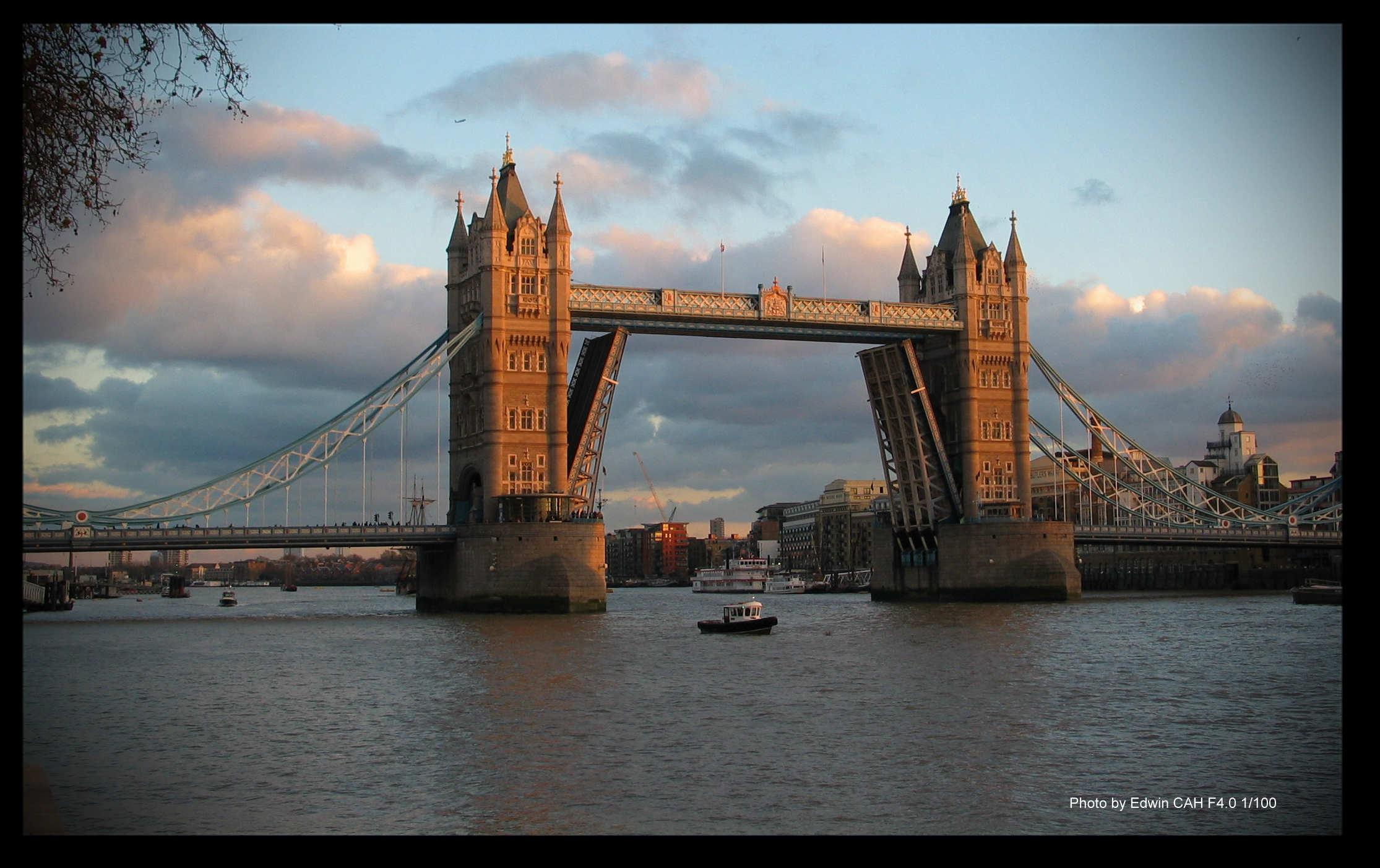 2楼 伦敦塔桥的