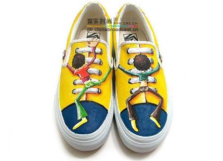 > 个性手绘鞋----可根据你的图案来绘上哟.