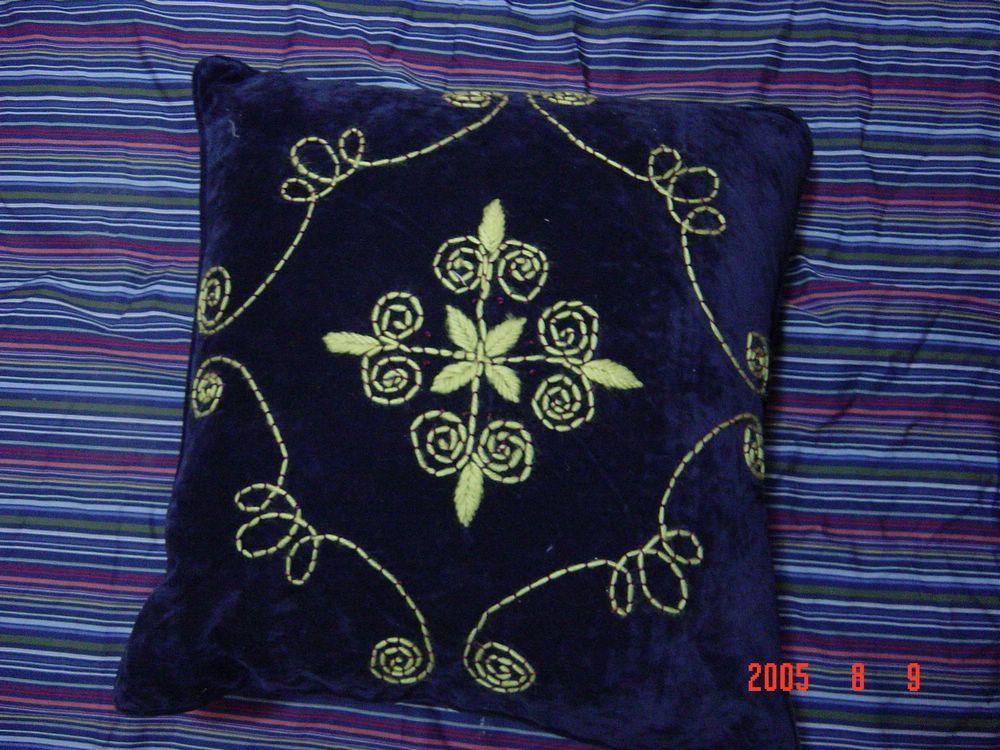 惊喜价 纯手工缝制绣花靠垫, 服装服饰